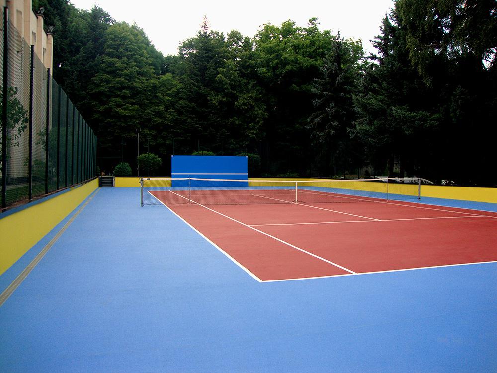 Каучукова настилка и стена за тенис - Посолство на Руска Федерация - гр. София